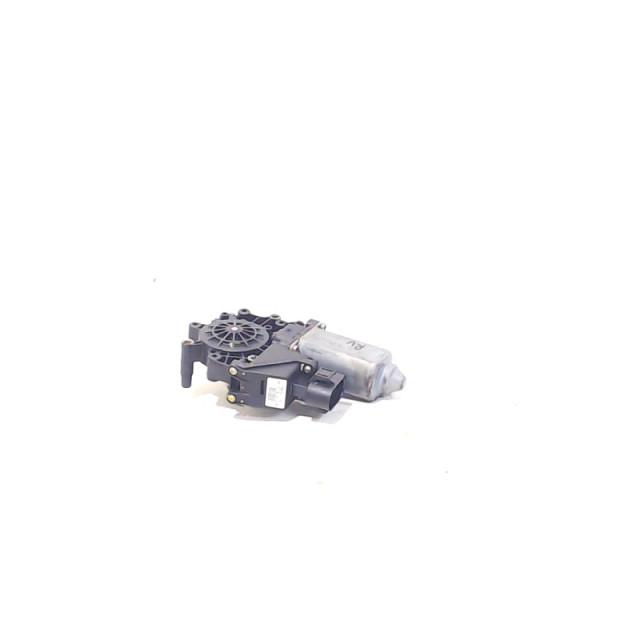 Motor raammechaniek elektrisch links voor Audi A6 Quattro (C5) (1997 - 2005) A6 Quattro (4B2) Sedan 2.4 V6 30V (AJG)