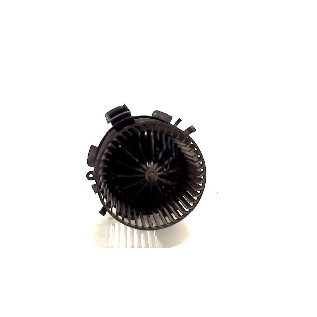 Kachel ventilator motor Nissan Interstar (X70) (2006 - 2010) Van 2.5 dCi 16V 120 (G9U-650)