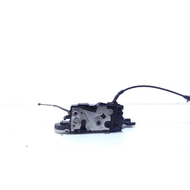 Slot mechaniek portier elektrisch centrale vergrendeling rechts voor Peugeot 207 SW (WE/WU) (2007 - 2013) Combi 1.6 16V (EP6(5FW))