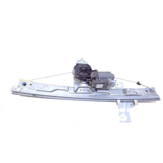 Raammechaniek elektrisch links voor Peugeot 207/207+ (WA/WC/WM) (2006 - 2010) 207 (WA/WC/WM) Hatchback 1.4 HDi (DV4TD(8HZ))