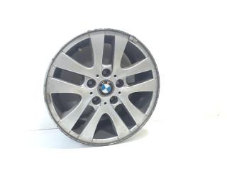 Velgen set BMW 3 serie (E90) (2004 - 2011) Sedan 320d 16V (M47-D20(204D4))