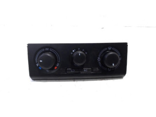 Bedieningspaneel kachel Skoda Fabia II (5J) (2007 - 2014) Hatchback 5-drs 1.4i 16V (BXW)